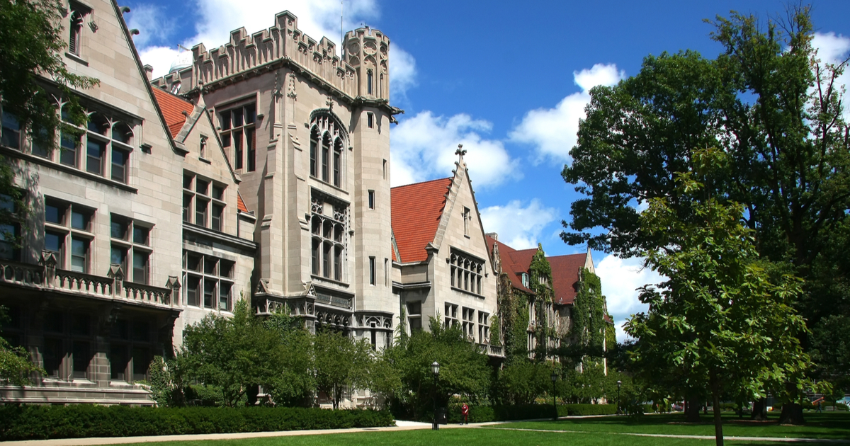 University of chicago admissions essay how to answer
